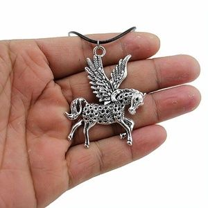 Jewelry - Silver Pegasus Flying Horse Pendant Necklace